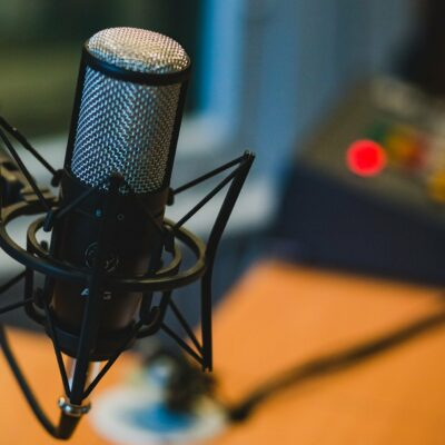 Carolin Wandzik zu Gast in der neuen Folge des F.A.Z. Podcasts für Deutschland!